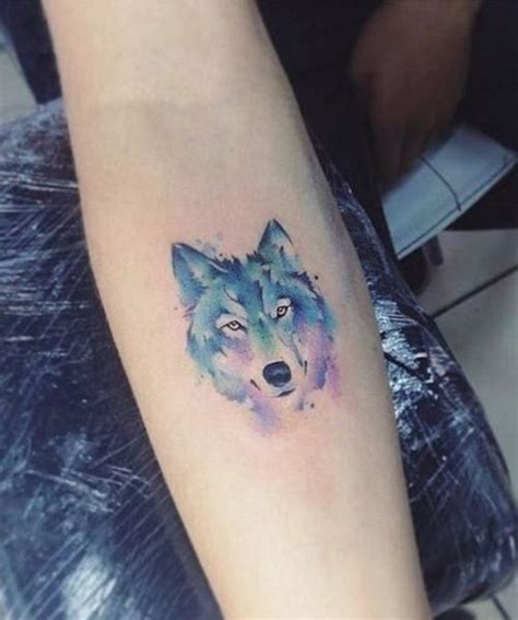 watercolor tattoos good or bad best 25 watercolor wolf ideas on watercolor