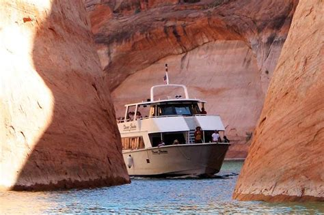 lake powell canyon boat tours lake powell boat tours dreamkatchers lake powell b b