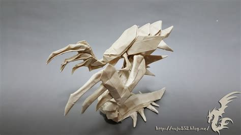 Origami Hydra - this week in origami zerg edition