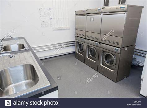 Waschmaschine Und Trockner In Einem 16 by Dryers Dryers Laundry Stockfotos Dryers Dryers Laundry