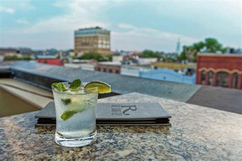 roof top bar charleston sc the vendue the rooftop downtown charleston sc