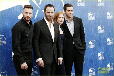 aaron taylor johnson jake gyllenhaal jake gyllenhaal amy adams kick off nocturnal animals