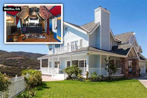 Courteneys Malibu Pad Up For Sale by 6 Aca Awesome Homes For Sale With Recording Studios