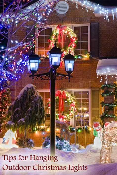 tips for hanging outdoor christmas lights dot com women
