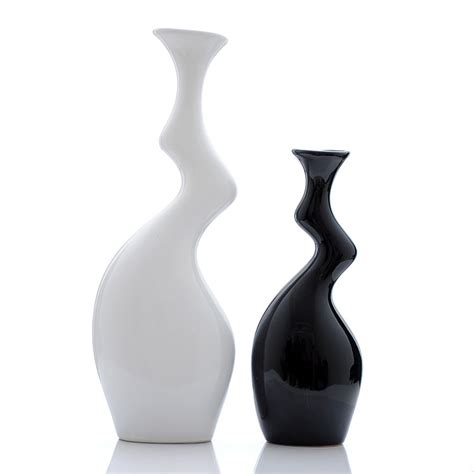 vasi bianchi moderni vasi ceramica moderni bianchi e decorati arredamento moderno