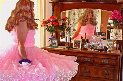 Nb Selimut 150x200cm Hello Ballerina Type 1 17 best images about petticoats galore on sissy square and can can