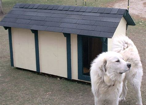 great pyrenees dog house great pyrenees guard dog training guide