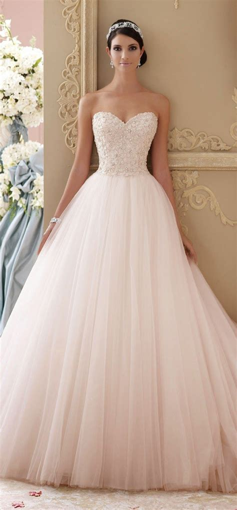 8 Absolutely Beautiful Wedding Dresses by 25 Best Ideas About Princess Wedding Dresses On