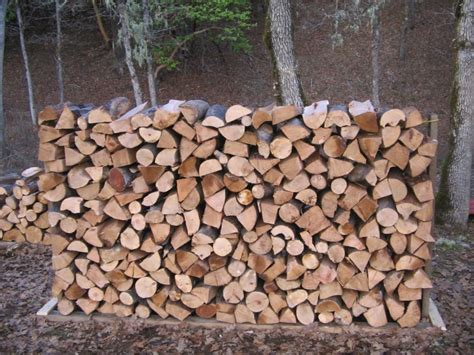 Building A Firewood Rack by How To Build A Firewood Rack Cheap And Easy