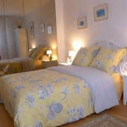 bed and breakfast paris france book bed breakfast marche d aligre paris france