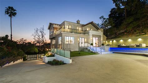 casa di rihanna home sweet home from rihanna s mansion e