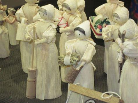 corn husk doll family 57 best corn husk dolls images on corn husk