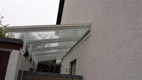edelstahl balkongeländer mit glas 220 berdachung balkongel 195 164 nder 245