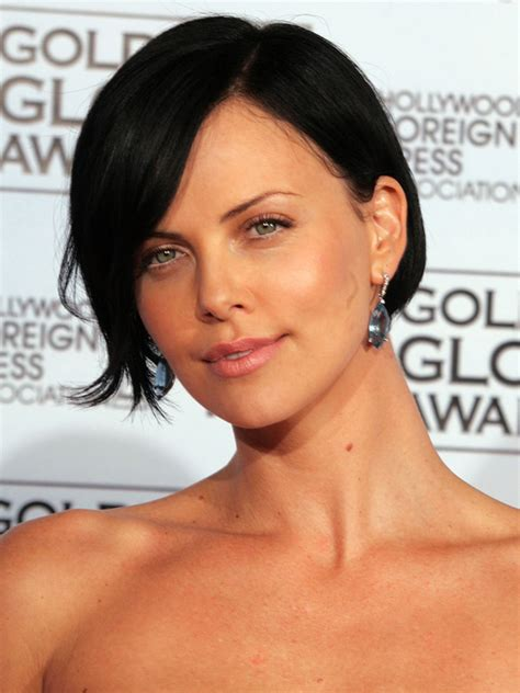 aeon flux black woman s hairstyle pictures charlize theron hair styles and colors through