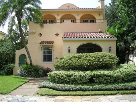 spanish revival colors 17 best images about good houses those spanish ones on