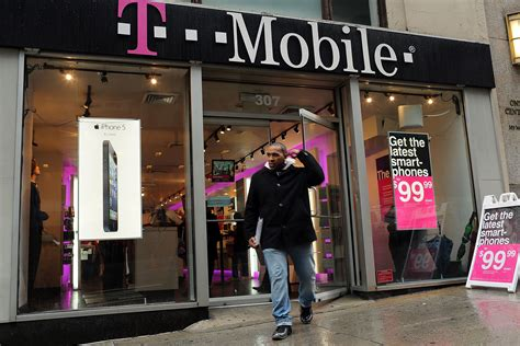 T Mobile Search T Mobile Winning War For New Mobile Subscribers In 2016 Fortune
