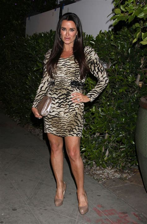 real housewives of beverly hills kyle richards addresses kims kyle richards photos photos the real housewives party