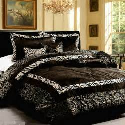 King Size Bed Feather And Black 15pc New Luxury Faux Fur Safarina Black White King