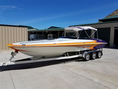 howard custom boats for sale 2005 howard custom boats 28 bullet hard deck powerboat for