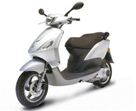 Piaggio Roller Gebraucht Kaufen by Piaggio Fly 50 Motorroller Zu Verkaufen Silber 50 Ccm