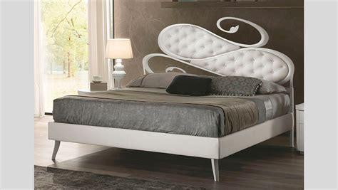 ladari classici per da letto letti design letti moderni e classici per da