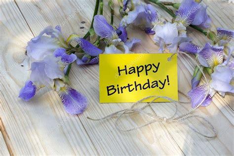 immagini buon compleanno con fiori scheda di buon compleanno con fiori e cazzi foto stock