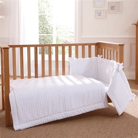 cot quilt bumper sheet bedding set in marshmallow