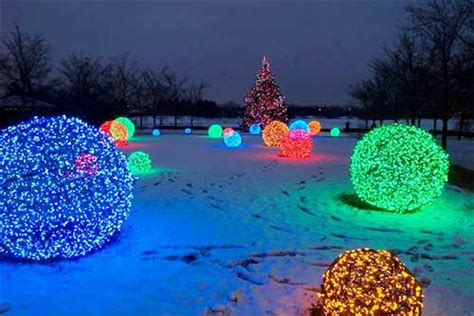 how to make christmas light balls 27 cheerful diy decoration ideas you should look balcony garden web