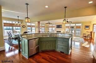 superior Odd Shaped Kitchen Islands #1: 79d57620882747390b749fff6e29c042.jpg