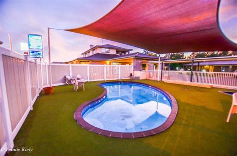 comfort resort echuca moama rich river golf club resort motel moama new south wales