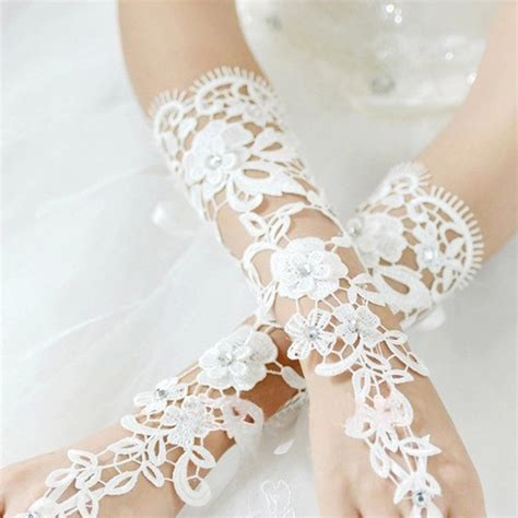 Rhinestone Wedding Gloves white bridal lace flower rhinestones fingerless