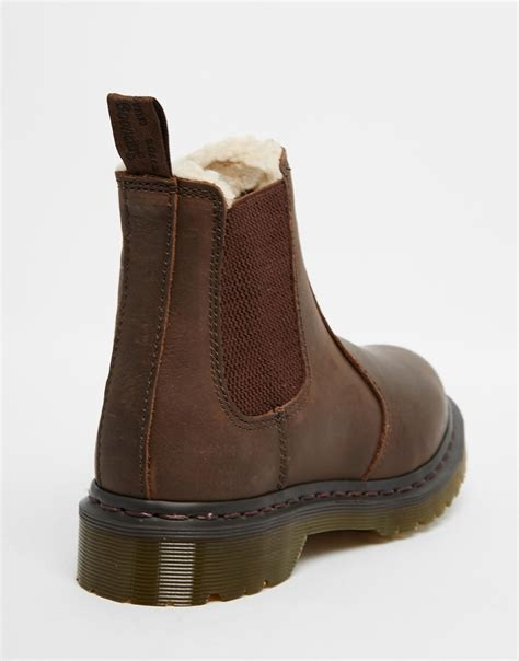 dr martens leonore brown lined chelsea boots in brown lyst