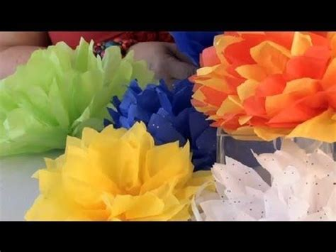 How To Fold A Tissue Paper Flower - how to make paper flowers with tissue paper looks like
