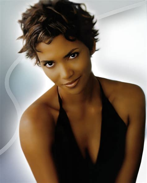 halle berry short curly hairstyles hairstyles popular 2012 celebrity halle berry short curly