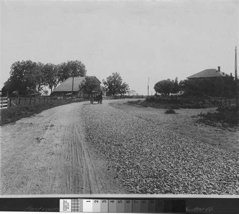 road wiki file macadam road 1850s jpg
