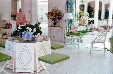 the glam pad bunny williams decorates a classic virginia best 25 beach chic decor ideas on pinterest beach