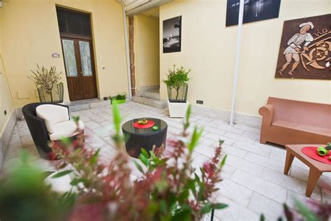 residence cortile merc 232 trapani italy booking