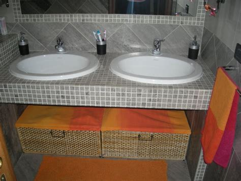 bagno muratura mosaico cucina bianche con top marrone duylinh for