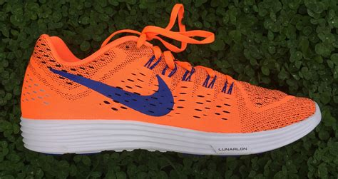 running shoes reviews 2015 nike lunartempo running shoe review