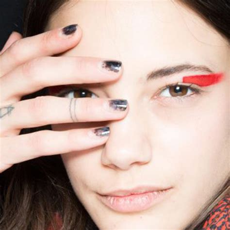 Nail Trends by Fall 2017 Nail Ideas The Best Fall Nail Trends To