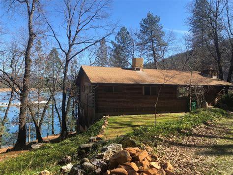 Lake Shasta Cabins by Waterfront Log Cabin On Lake Shasta Lakehead