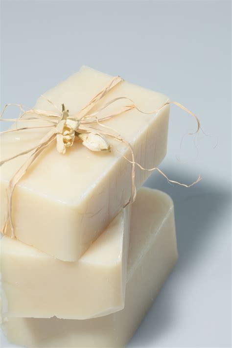 Easy Handmade Soap - basic and easy soap recipes