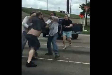 Rage Fight Houston Road Rage Incident Leads To Brawl Houston Chronicle