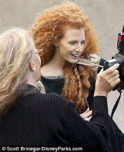 Vanity Fair Beauty Back Jessica Chastain Transforms Into Feisty Scottish Warrior