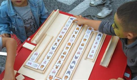 creare giochi da tavolo giochi da tavolo semplificati per i ragazzi autistici la