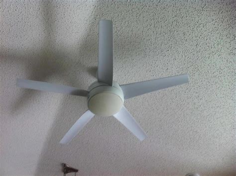 hton bay ceiling fan requires new bulbs the home