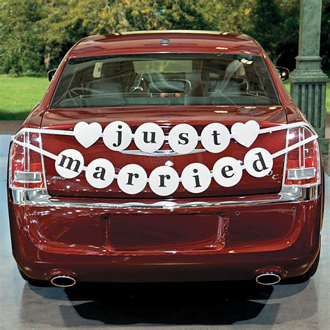 Wedding Banner Car by Just Married Car Pennant Banner Trading