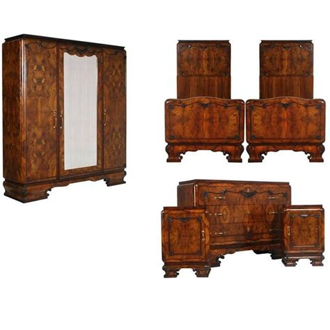1920s bedroom furniture 1920s italian art deco bedroom set in walnut and burl walnut by meroni and fossati for sale at