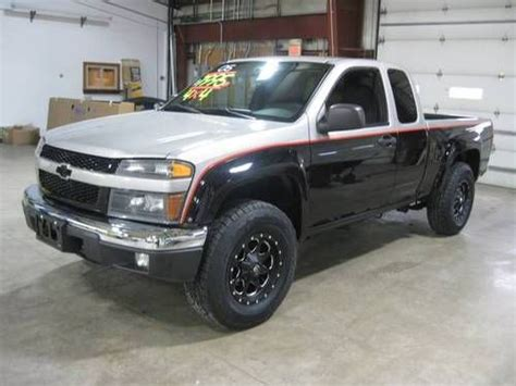 sell   chevrolet colorado  ls extended cab
