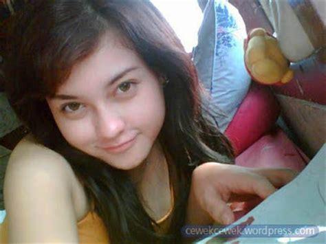 wallpaper handphone cantik foto cewek cantik untuk wallpaper hp foto abg bugil